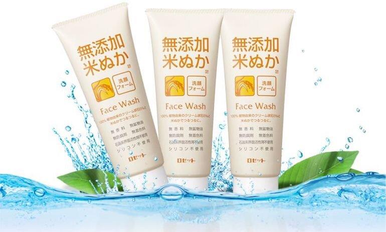 Chi tiết về sản phẩm sữa rửa mặt cám gạo Rosette Nhật