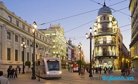 Thành phố xinh đẹp này vô cùng hiện đại và thân thiện