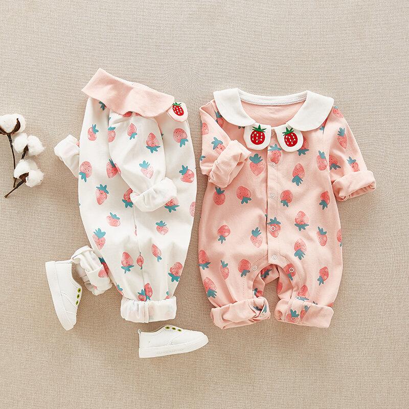 Những chiếc áo có họa tiết xinh xắn cho bé gái