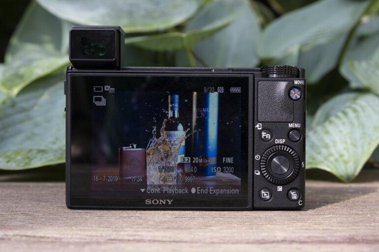máy ảnh sony rx100 vii