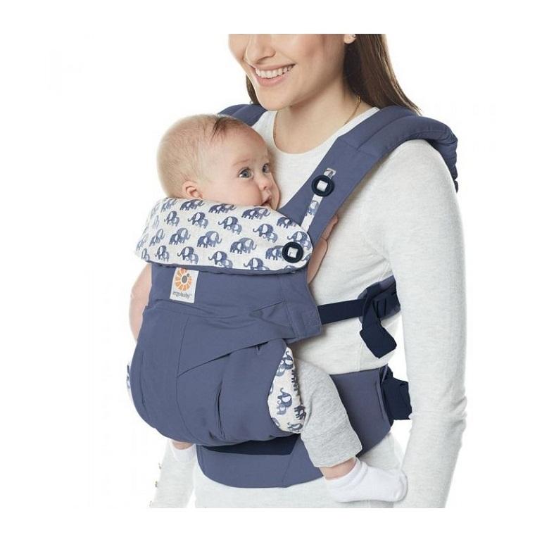 Địu em bé Ergo Baby 360 chịu được trọng lượng tối đa 15kg