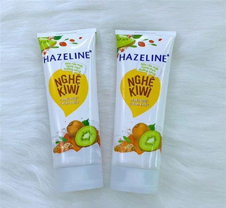 Sữa rửa mặt Hazeline nghệ kiwi