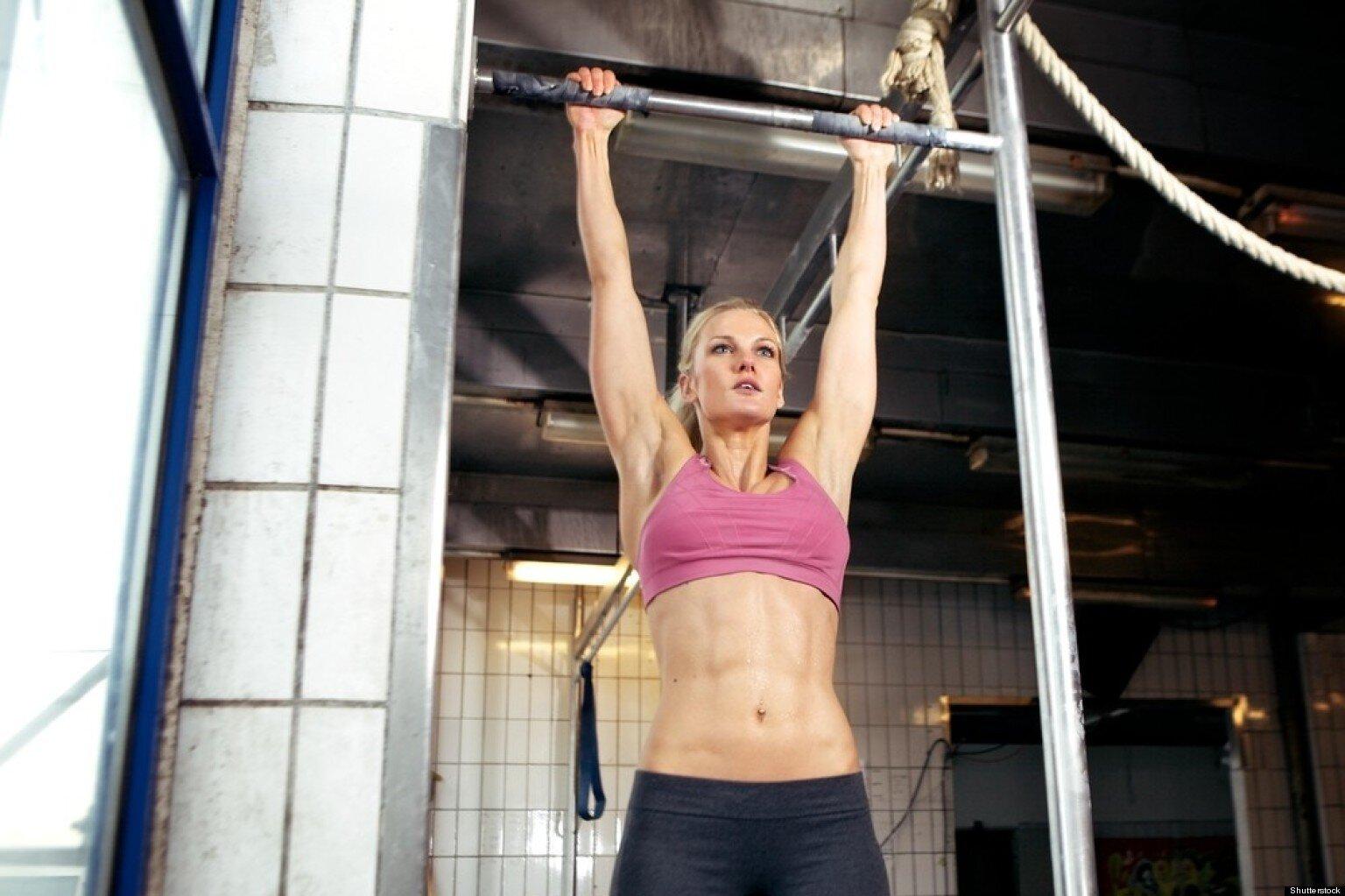 Tập luyện bằng xà đơn treo tường giúp lấy lại vóc dáng khỏe khoắn nhanh chóng