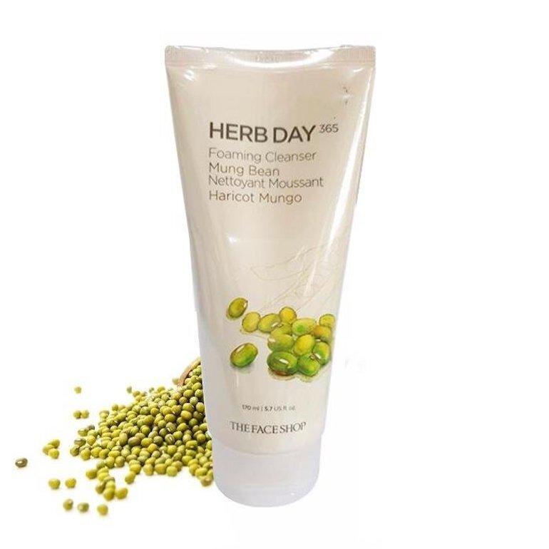 Sữa rửa mặt Herb Day 365 Mung Beans Cleansing Foam