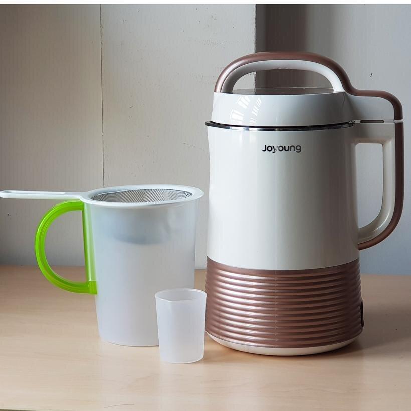 Máy làm sữa đậu nành Joyoung có thiết kế đơn giản