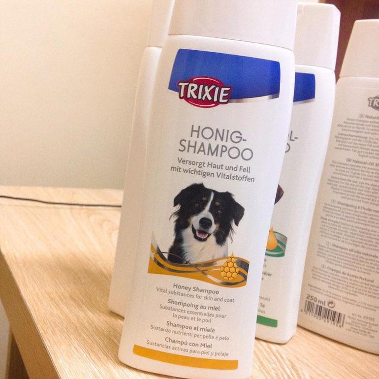 Sữa tắm Trixie cho chó cảnh