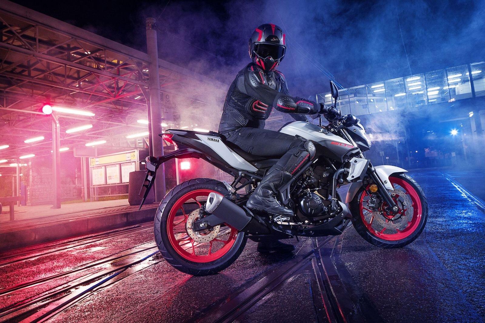 Yamaha MT-03 ABS cùng bạn chinh phục mọi cung đường
