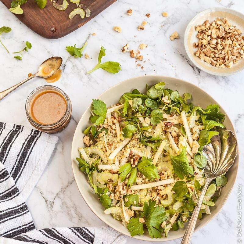 Salad táo đổi vị cho bữa ăn hấp dẫn hơn