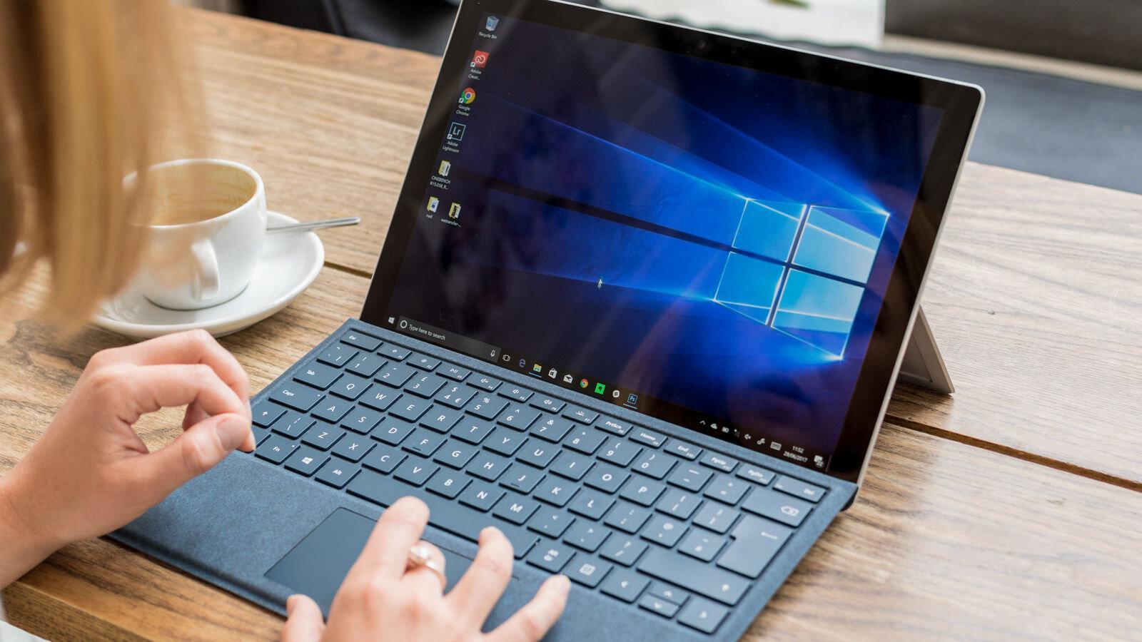 Surface Pro 2017 (Bạc)