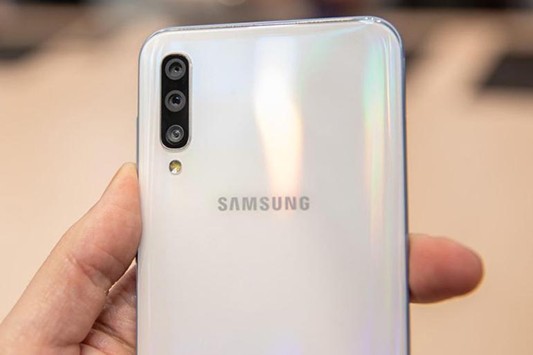 Điện thoại Samsung Galaxy A50
