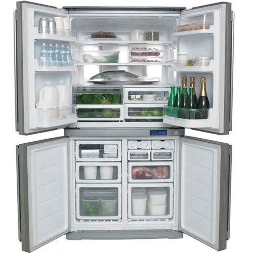 Ngăn chứa đồ sâu rộng của Tủ lạnh 4 cửa Electrolux EQE6307SA .