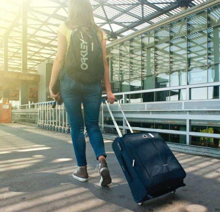 Các thông số quan trọng cần biết của vali size 20 inch