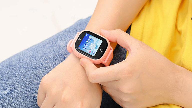 Đồng hồ có tính năng cài đặt vùng an toàn và cảnh báo cho phụ huynh khi con ra khỏi vùng an toàn