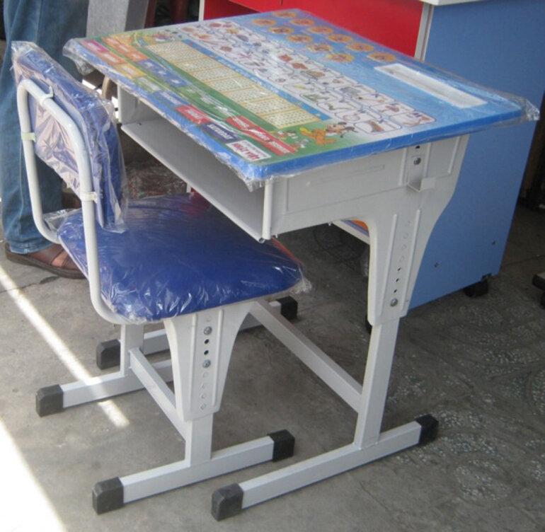 Mua bàn học sinh giá rẻ tăng giảm được chiều cao bàn