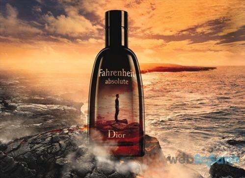 Chai nước hoa Fahrenheit Absolute Dior for Men mang mùi hương của gỗ và xạ hương, nồng nàn, sâu lắng