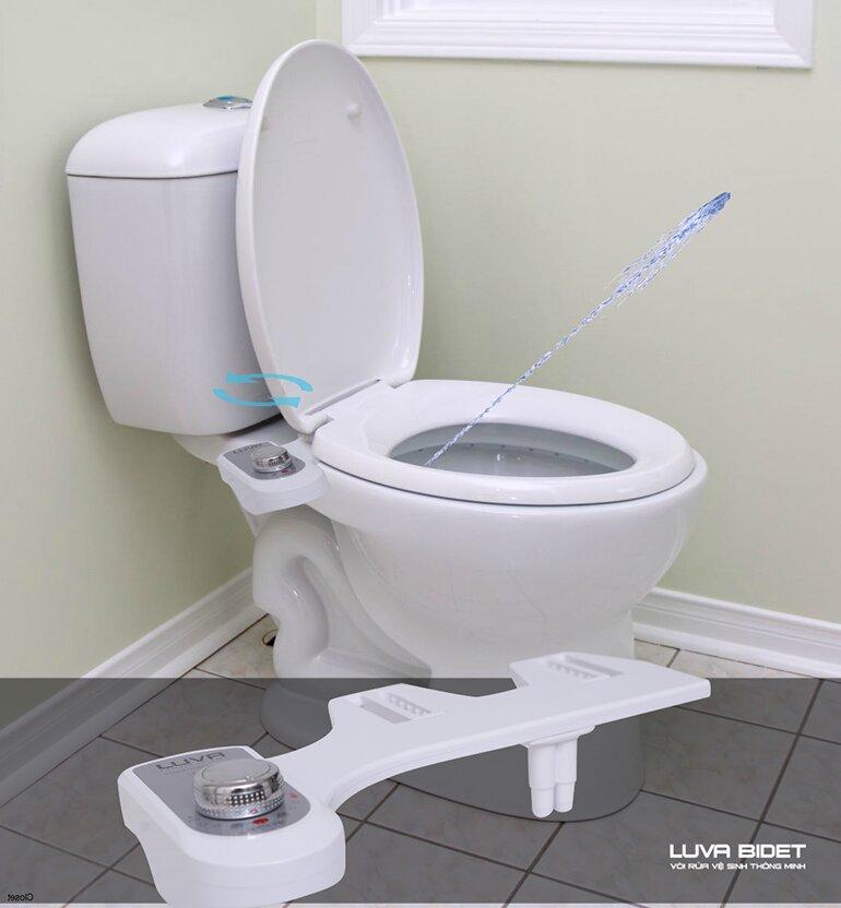 LUVA Bidet LB101 với một vòi rửa duy nhất sẽ giúp bạn vệ sinh sạch sẽ phần nhạy cảm mà không cần sử dụng giấy vệ sinh truyền thống