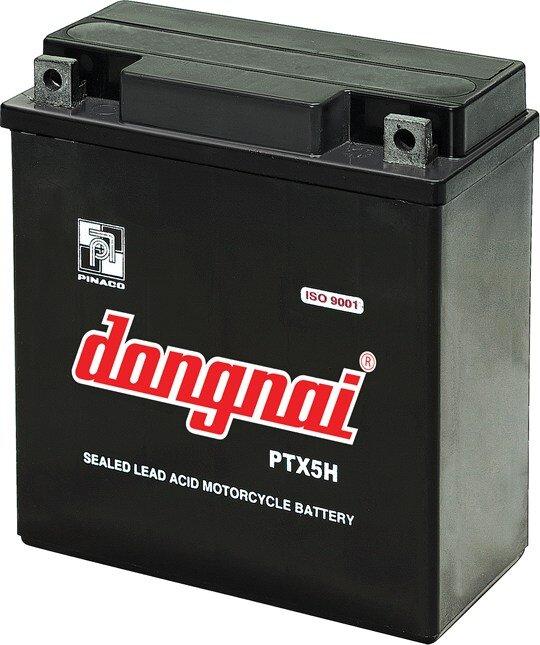 Ắc quy khô phù hợp với dòng xe máy tay ga, còn ắc quy nước lại được sử dụng phổ biến trên xe máy số