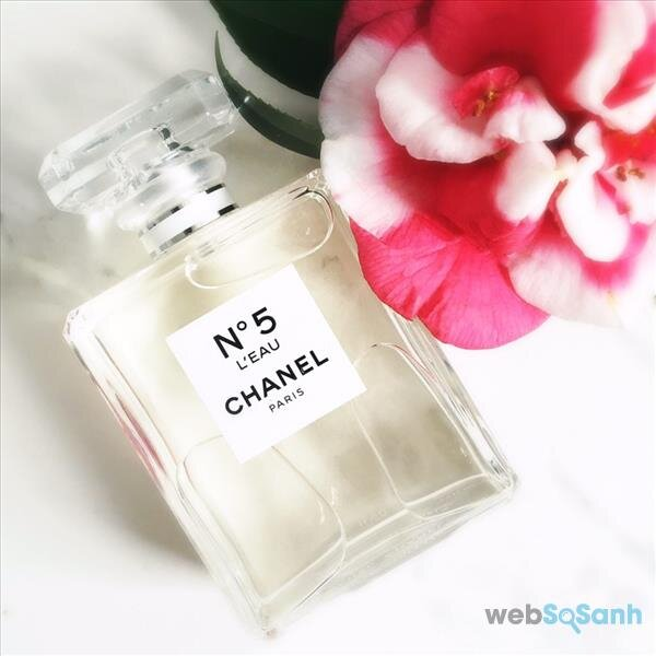 nước hoa chanel no5 leau