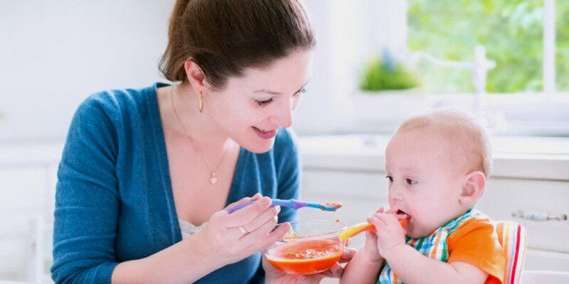 Lưu ý chế độ dinh dưỡng khi chăm sóc trẻ bị ốm