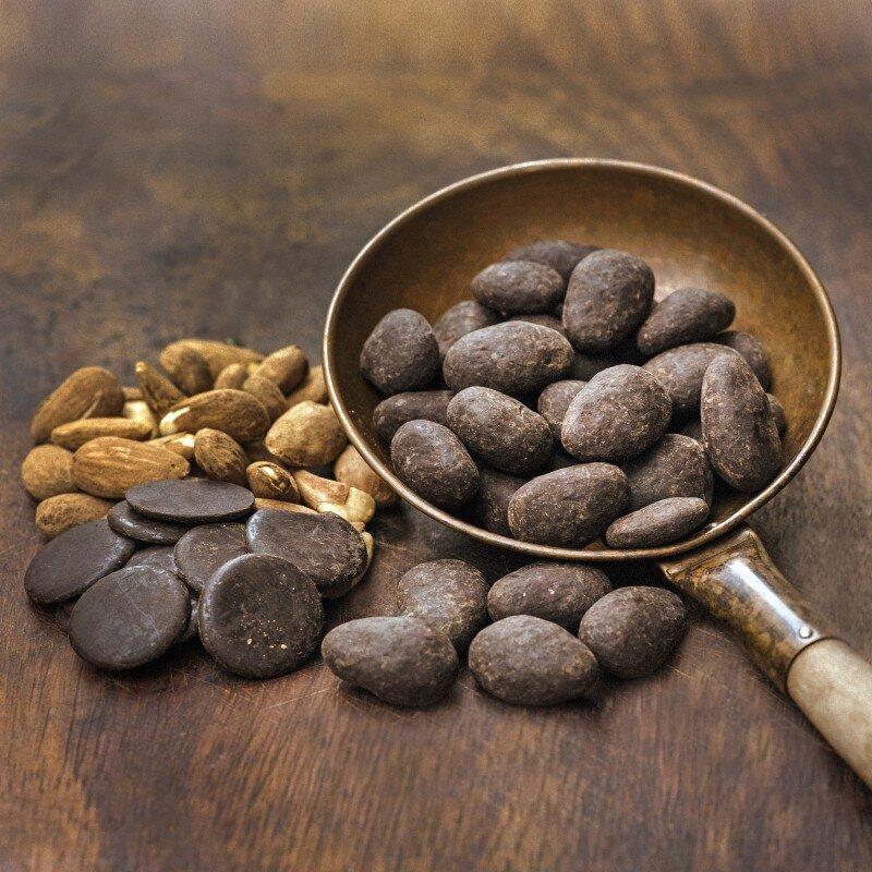Socola đen chứa các hoạt chất chống oxy hóa cực kỳ tốt cho tim mạch
