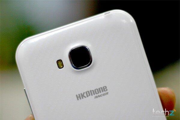 Đánh giá nhanh HKPhone Racer: Điện thoại bình dân giá rẻ-image-1386339237633