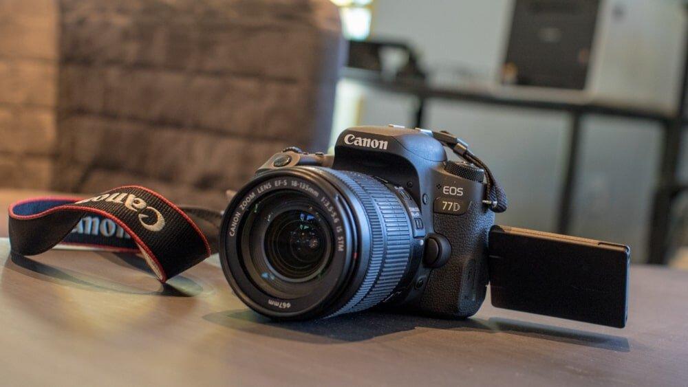 Canon EOS 77D là dòng máy ảnh kỹ thuật số ở phân khúc cao cấp