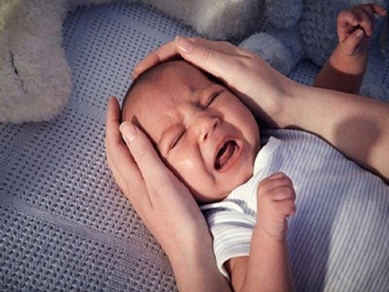 Sử dụng máy báo khóc để có thể chăm trẻ tốt hơn