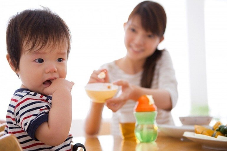 Có rất nhiều nguyên nhân dẫn đến tình trạng biếng ăn ở trẻ em hiện nay