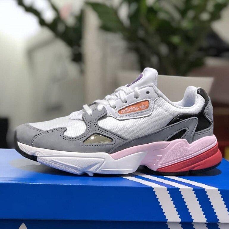giày thể thao adidas chính hãng