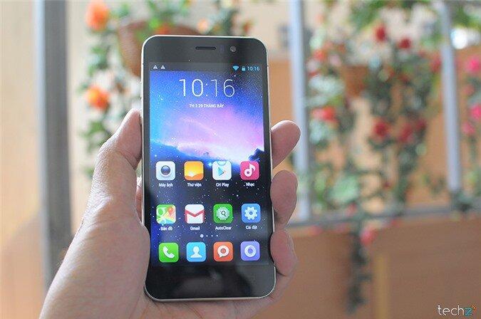 Mở hộp HKPhone iREVO - 'Trái táo' mới của Việt Nam