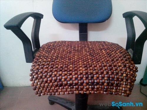 Đệm ghế văn phòng bằng gỗ hương
