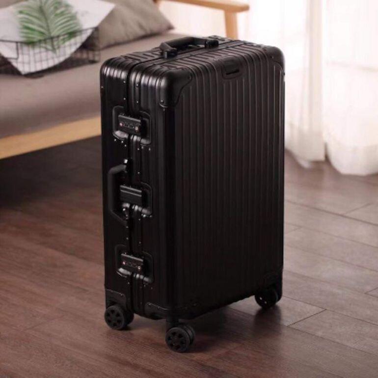 Chất liệu của vali nhôm còn thấp