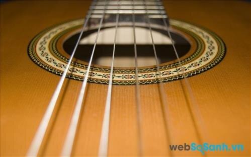 Đàn guitar classic nên chọn dây nilon