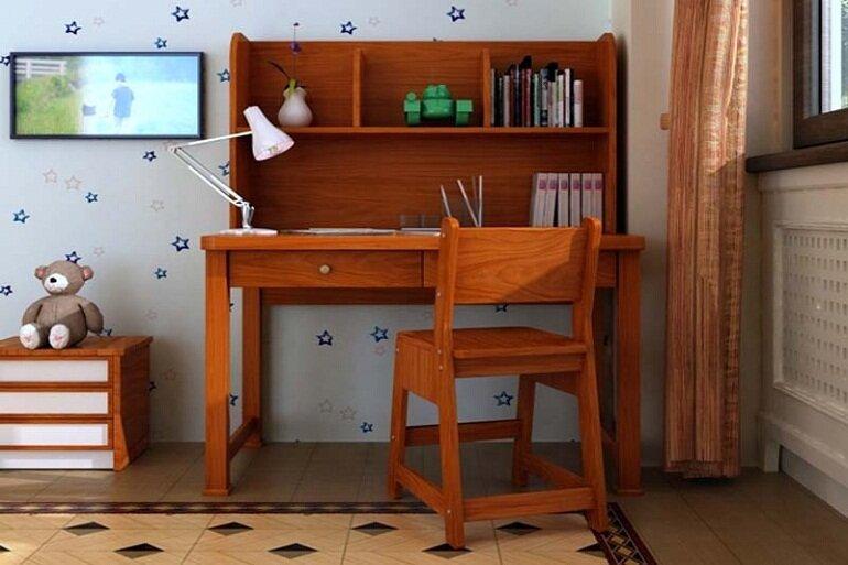 Bàn học bằng gỗ tự nhiên an toàn tuyệt đối với sức khỏe người sử dụng