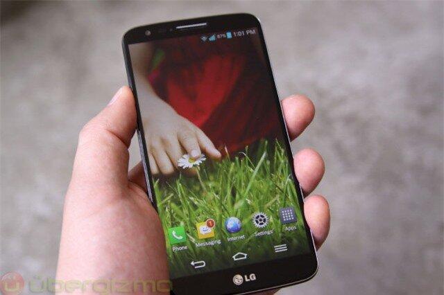 LG G3 vượt mặt Galaxy S5 bằng màn hình độ phân giải cao