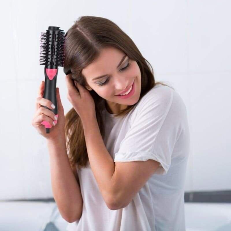 Cần chú ý khi sấy tóc, chải tóc
