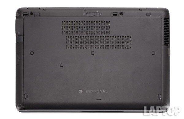 Tỏa nhiệt EliteBook 850 G1 tỏa khá ít nhiệt trong quá trình sử dụng. Sau khi xem video trên Hulu trong vòng 15 phút, nhiệt độ thân dưới của máy chỉ đạt 32,2 độ C; touchpad đạt 25,6 và hàng phím giữa đạt 31,7 độ C. Tất cả các mức này đều thấp hơn 35 độ C - nhiệt độ có thể gây khó chịu cho người dùng.