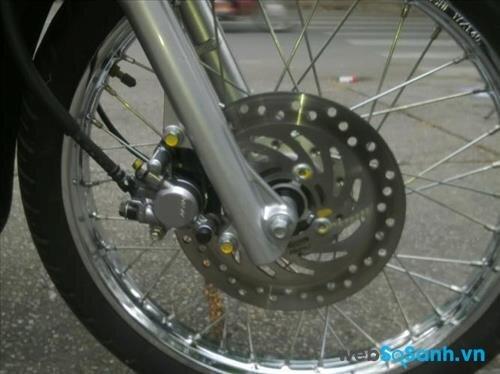 Phanh đĩa đã được áp dụng trên Honda Wave RS