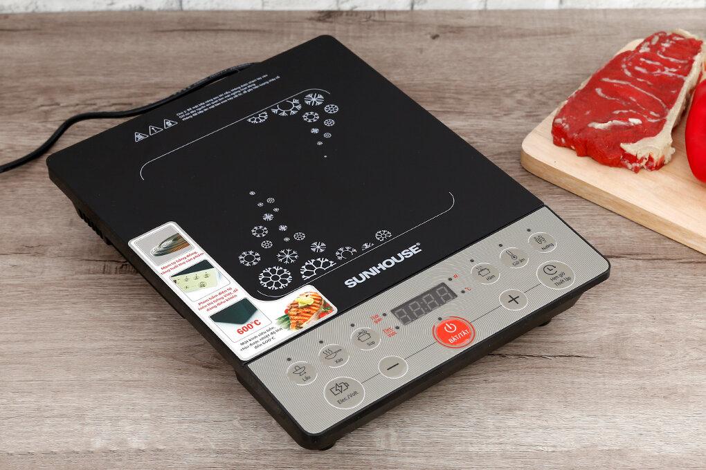 Bảng điều khiển bếp từ Sunhouse đơn giản dễ sử dụng