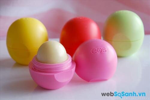 Son trứng EOS Smooth Sphere Lip Balm