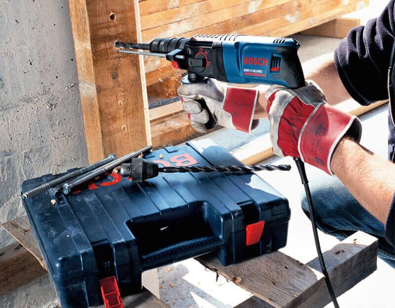 Máy khoan của Bosch dễ dàng sử dụng