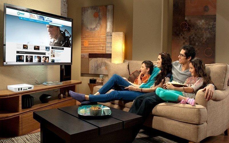 Tư vấn Tivi LED có kích thước màn hình và độ phân giải phù hợp để duy trì khoảng cách xem tivi an toàn.
