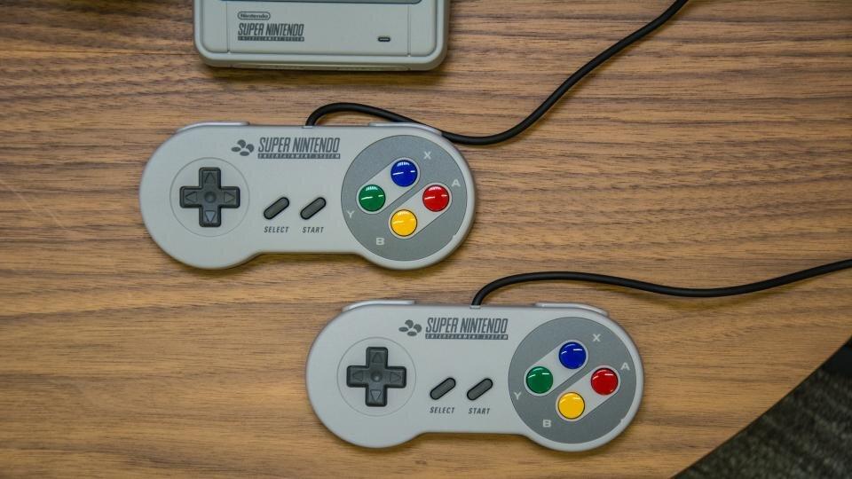 Máy chơi game SNES