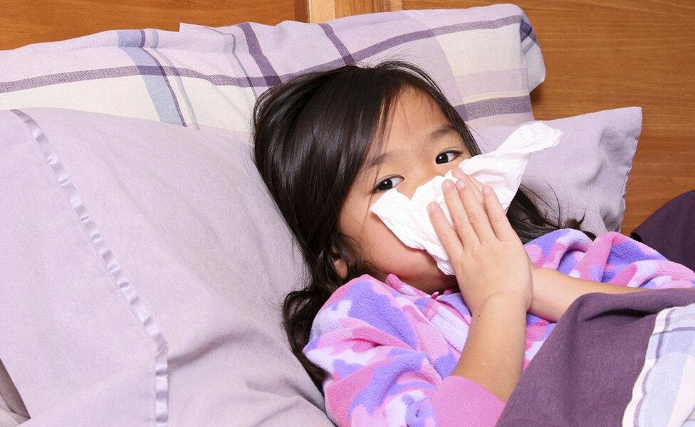 Độ ẩm cao dẫn đến bệnh gây khó khăn cho việc chăm sóc sức khỏe gia đình