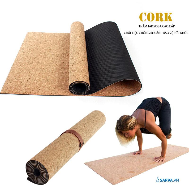 Kiểm tra mức độ đàn hồi của thảm yoga