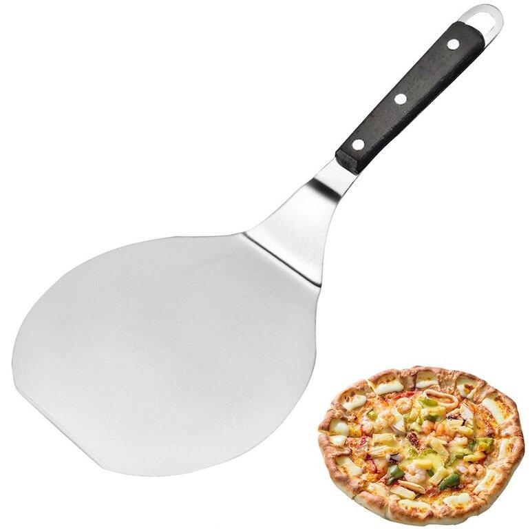 Cây xúc bánh bằng kim loại để lấy pizza ra khỏi lò