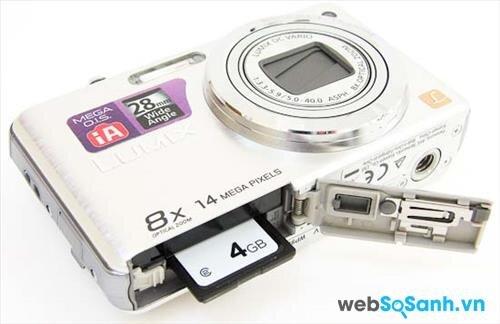 Thuộc dòng máy ảnh compact giá rẻ nên Lumix DMC-FH20 chỉ hỗ trợ duy nhất file ảnh dạng JPEG, máy hỗ trợ các loại thẻ nhớ như SD / SDHC / SDXC