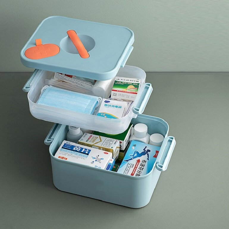 hộp dụng cụ y tế