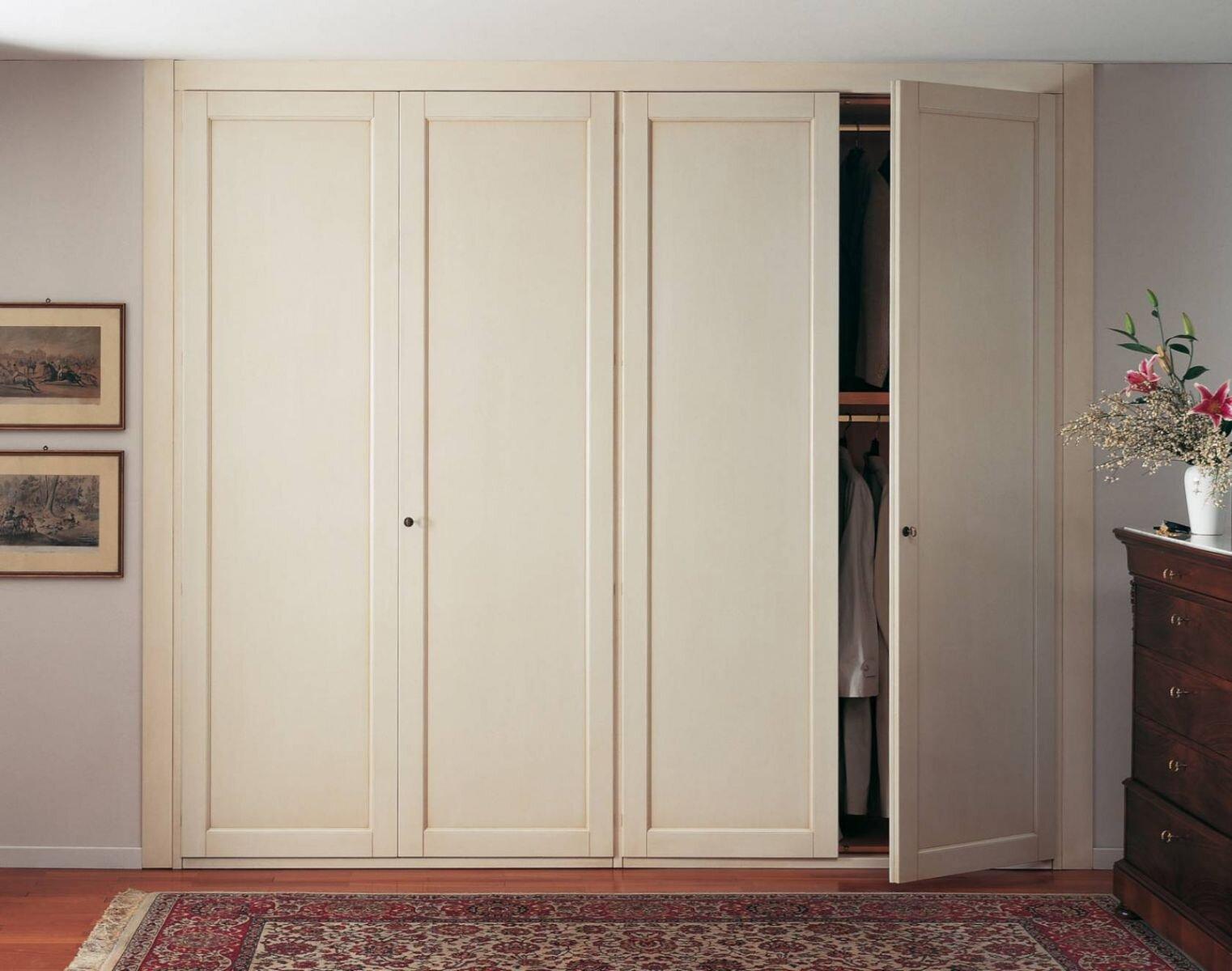 Không lo bị mối mọt tấn công với tủ quần áo gỗ sồi chất lượng