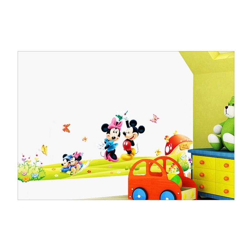 Chuột Mickey đã quá quen thuộc với các em nhỏ